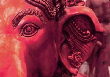 GC 1000B P Ganesha Close-Up Red